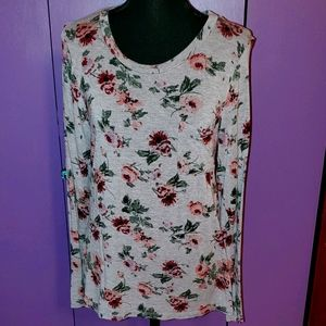 Grey top with flowers EUC soft small pocket long s